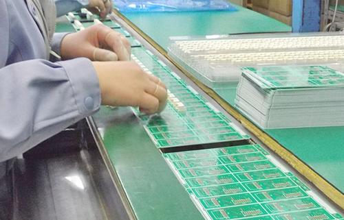 基板組み立てライン
